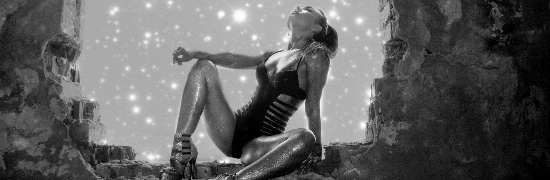 SM-Studio-Berlin-bizarr-lady-fetisch-bdsm-Zimmer SpiegelLust auf bizarre Sinnlichkeit