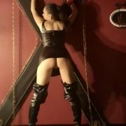 sm-studio-berlin-bdsm-fetisch-lady-shakira-14 1